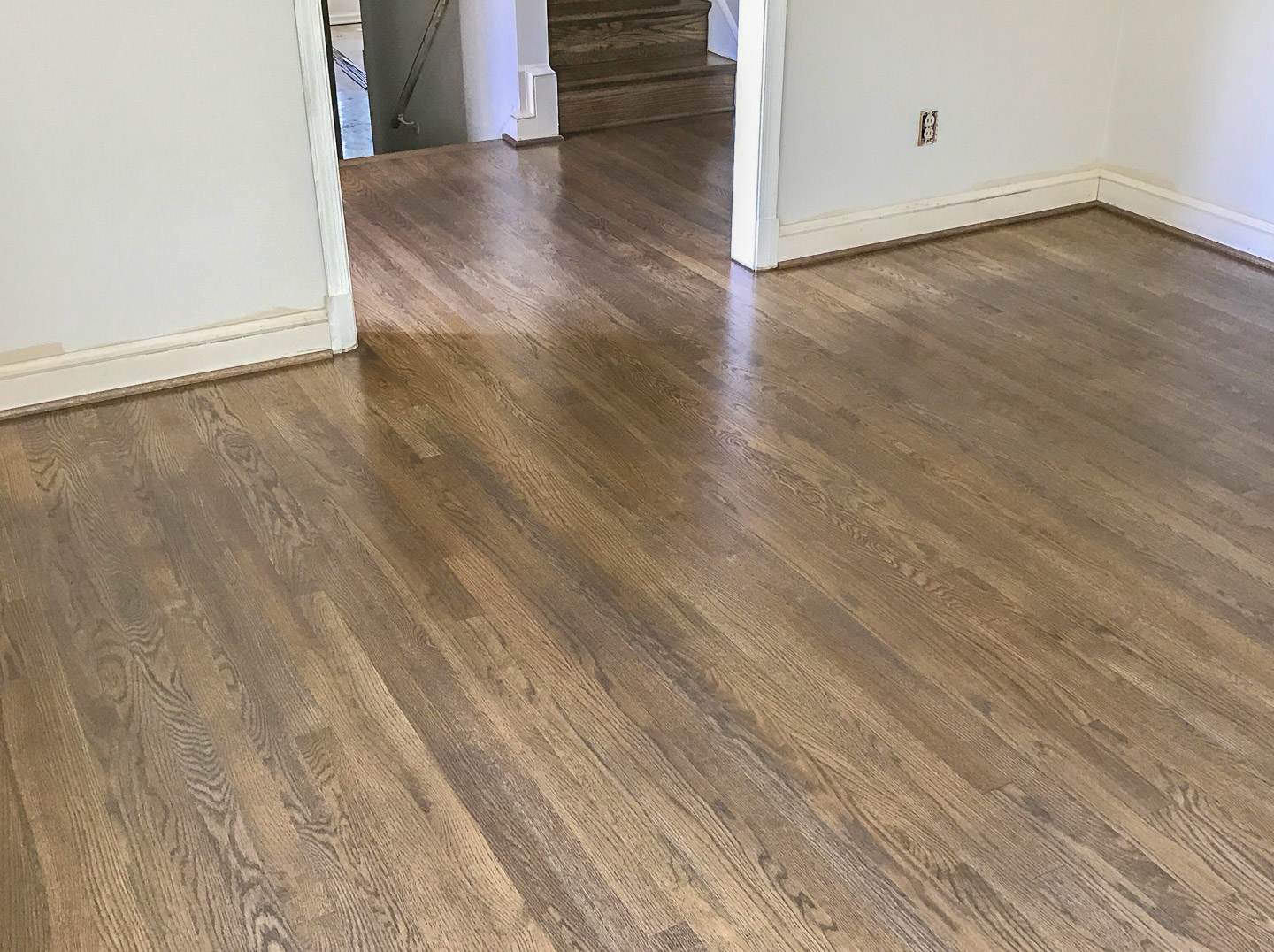 Red Oak With Classic Grey Stain